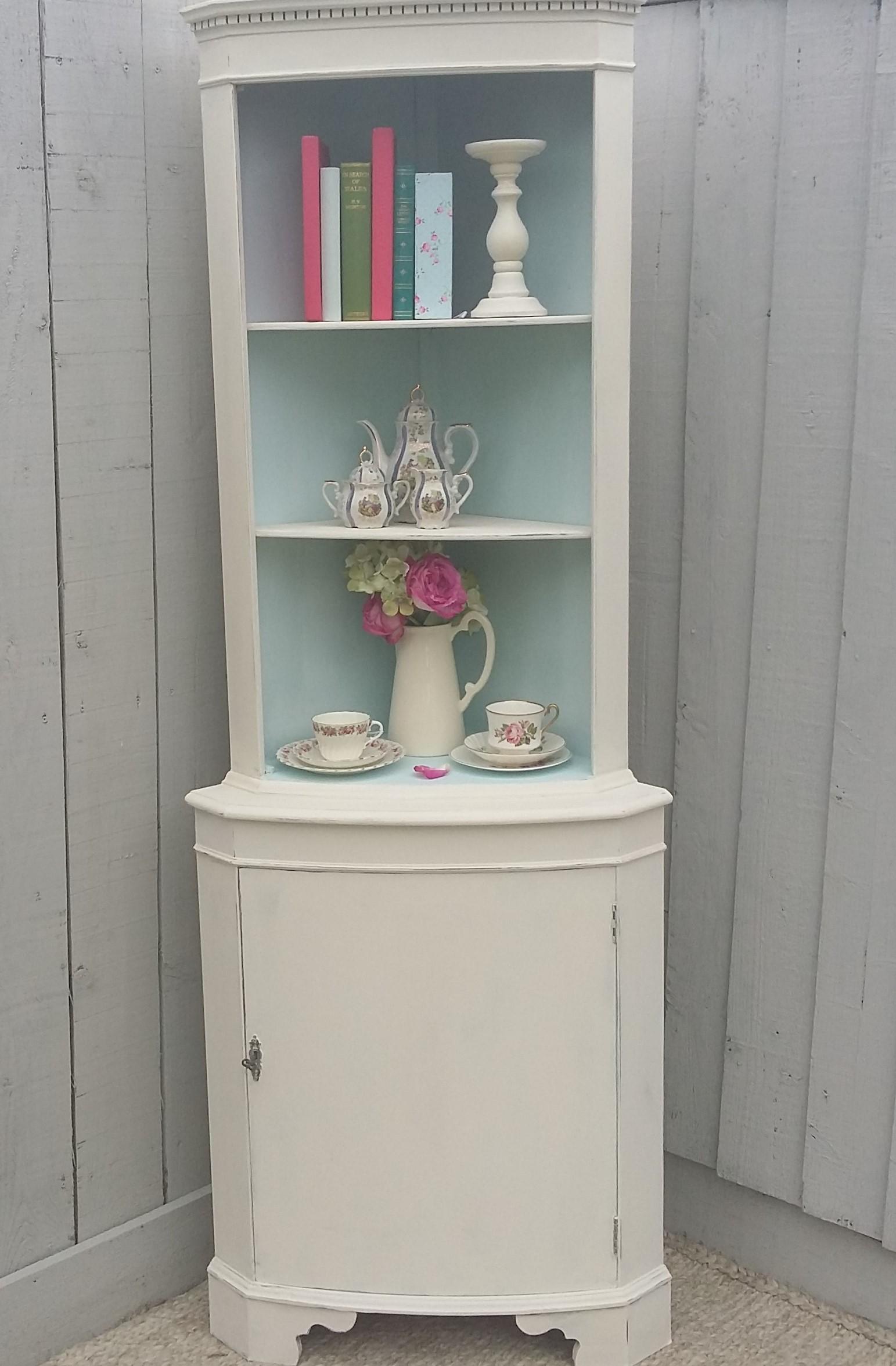 Attirant Shabby Chic Corner Cabinet